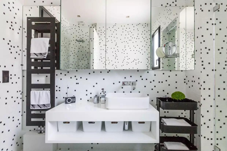 Salle De Bains Moderne Petit Espace Meuble Idees Carrelage