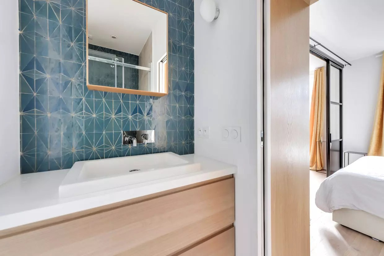 salle de bains bleue dont s inspirer