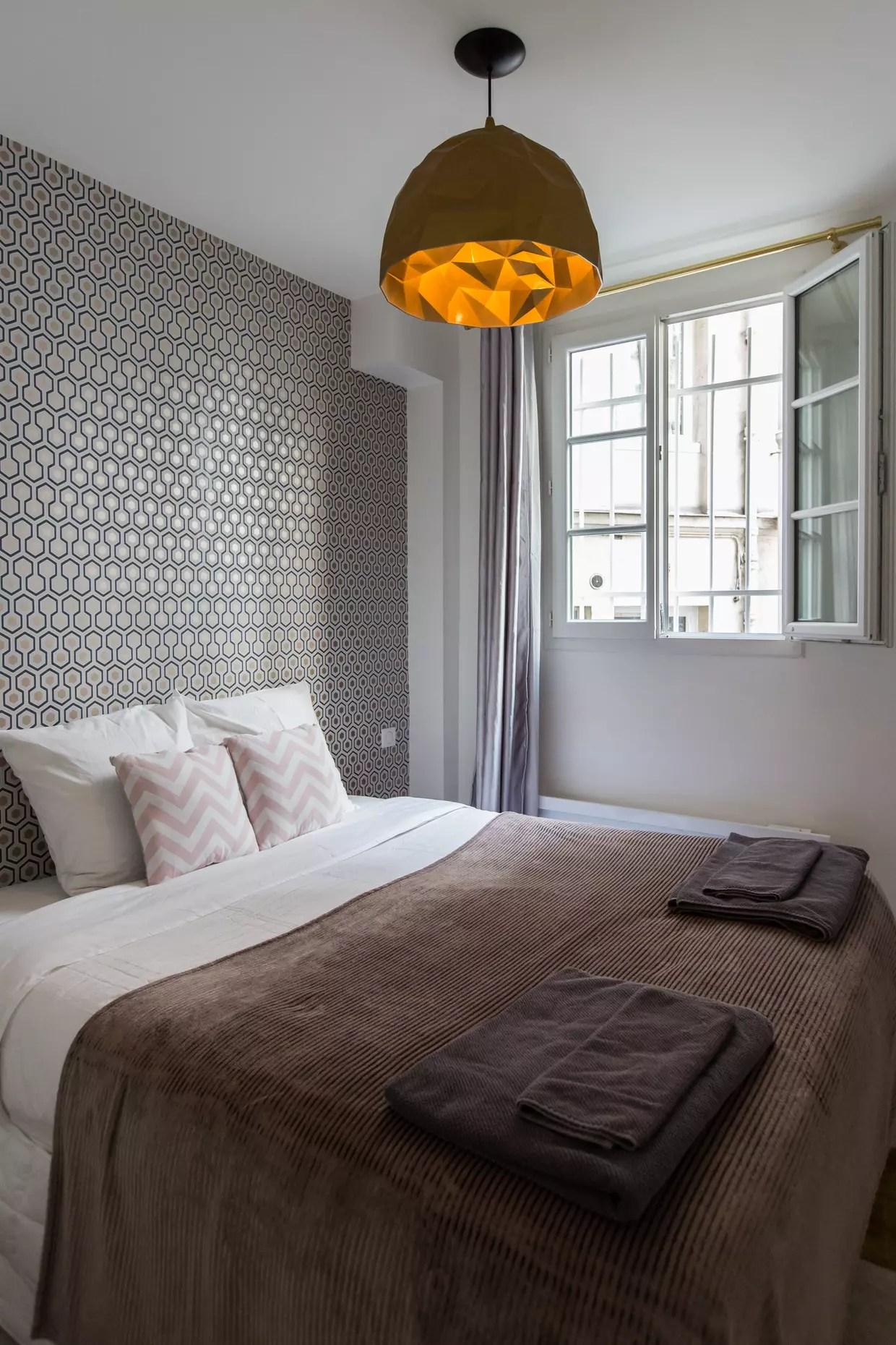 les plus belles chambres couleur taupe