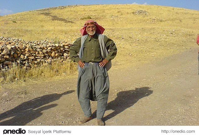 8. Çiftçinin bulduğu oymalı taşla gelen arkeolojik devrim