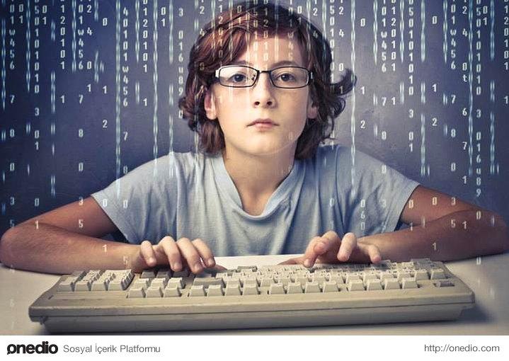 Bilgisayar programa; bütün işlerin %20'sinin üzerinde, olması gereken temel beceri olarak kabul edilecek.