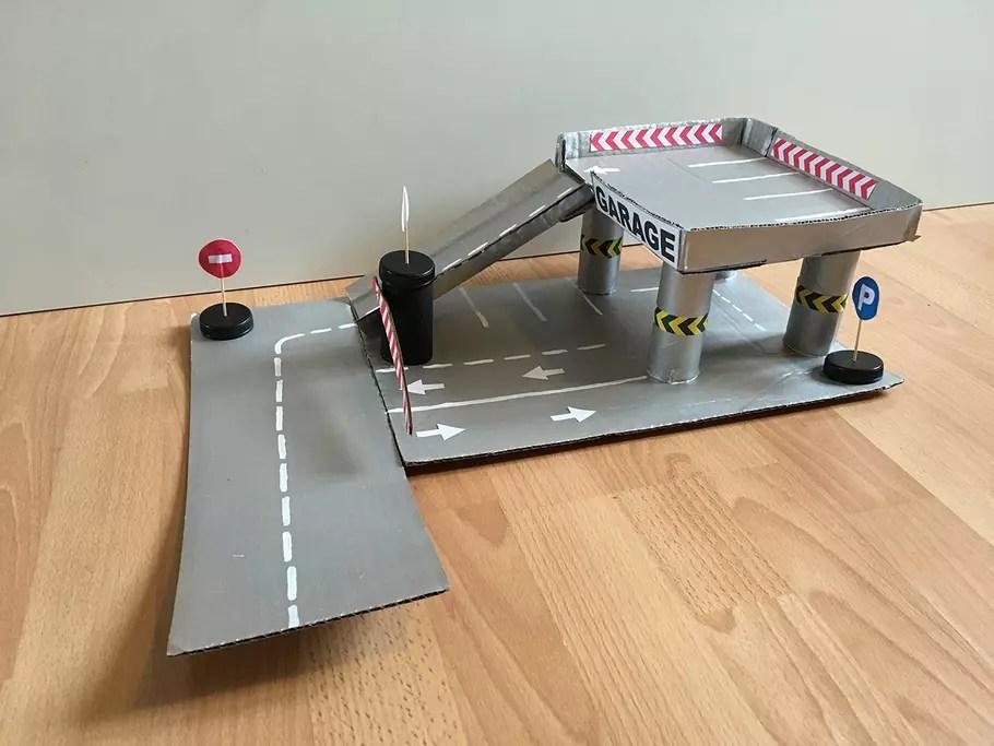 Fabriquer Un Garage En Carton VIDEO