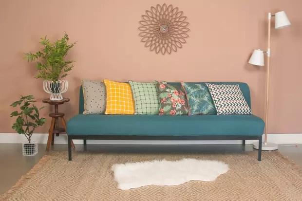 egayez votre sofa avec de jolis coussins