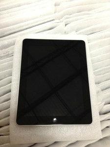 iPad 1st gen front