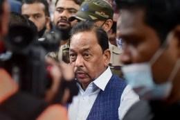 Narayan Rane verbal attacks on Shiv Sena leaders again