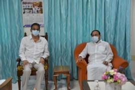 Vice President Venkaiah Naidu visits Kambhampati Haribabu