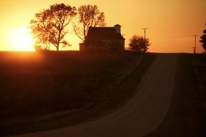 Poem Analysis For Abandoned Farmhouse By Kooser The