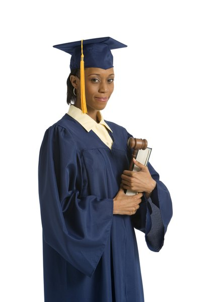 Subjects Required To Become A Lawyer Woman