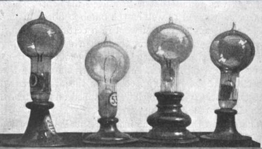Pictures Thomas Edison And Light Bulb