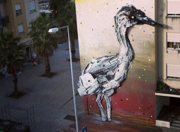 Junk Gets a Second Life as Gorgeous 3D Animal Street Art 18
