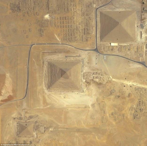 9. The Great Pyramids of Giza, Cairo, Egypt