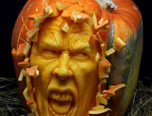 Mindblowing Halloween Pumpkin Carvings 10