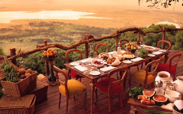 25 World's Best Restaurant Views 17