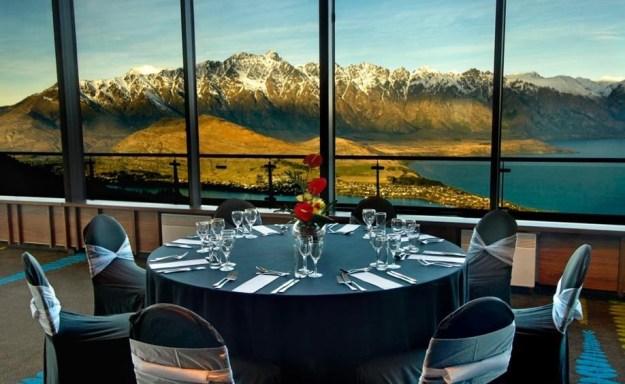 25 World's Best Restaurant Views 20