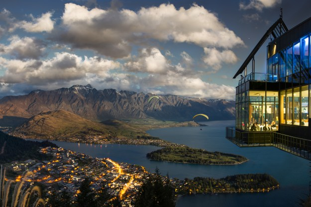 25 World's Best Restaurant Views 21