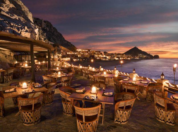 25 World's Best Restaurant Views 49
