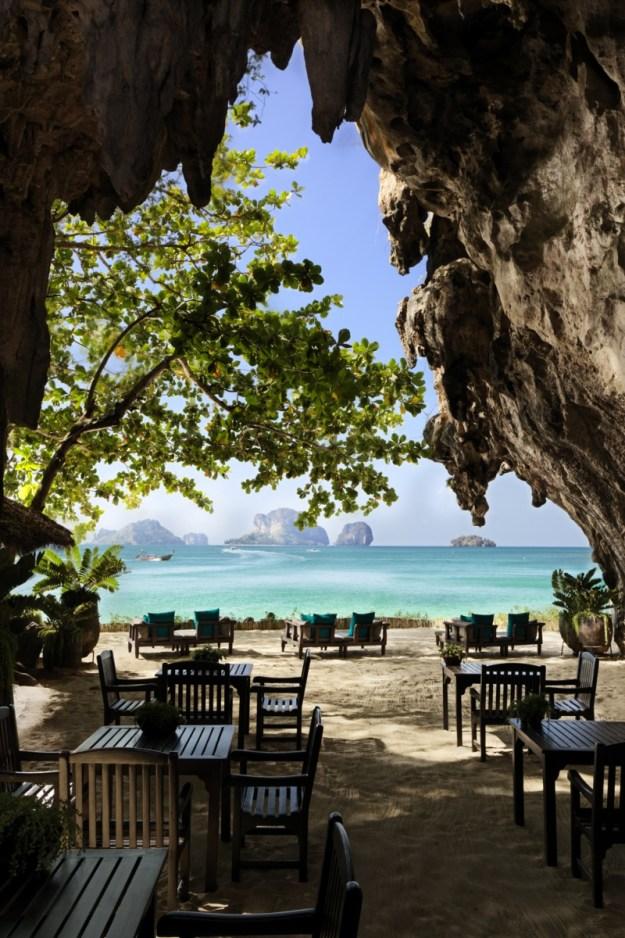 25 World's Best Restaurant Views 62