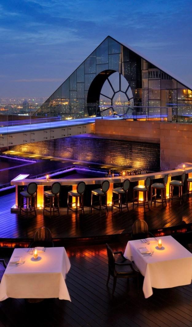 25 World's Best Restaurant Views 66