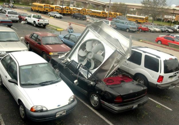 freakiest_car_crashes_01