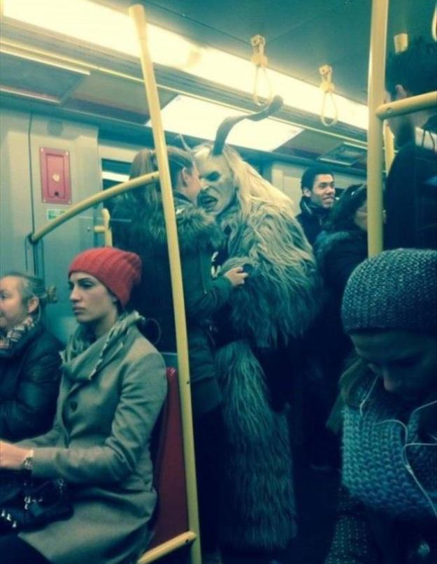 exceptionally-bizarre-subway-people-24