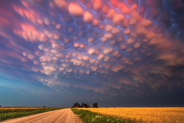 the-7-most-jaw-dropping-cloud-formations-05