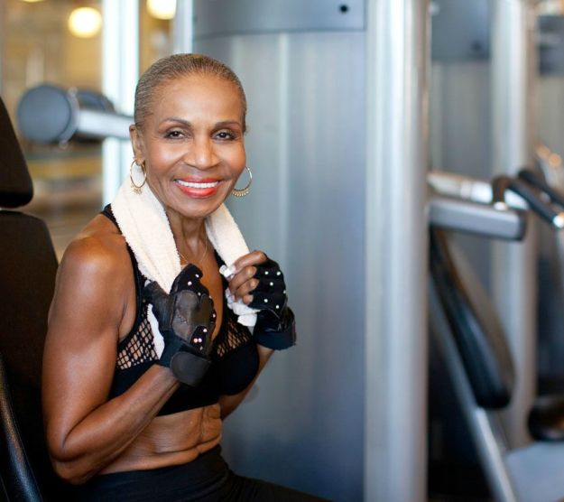 worlds-fittest-grandma-body-builder-just-celebrated-her-80th-birthday-02