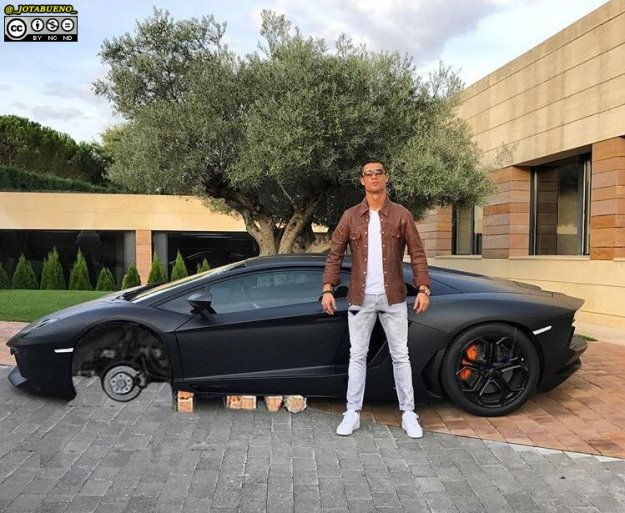 cristiano-ronaldo-is-the-best-photoshop-model-ever-17