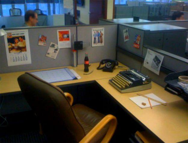 hilarious-office-pranks-29