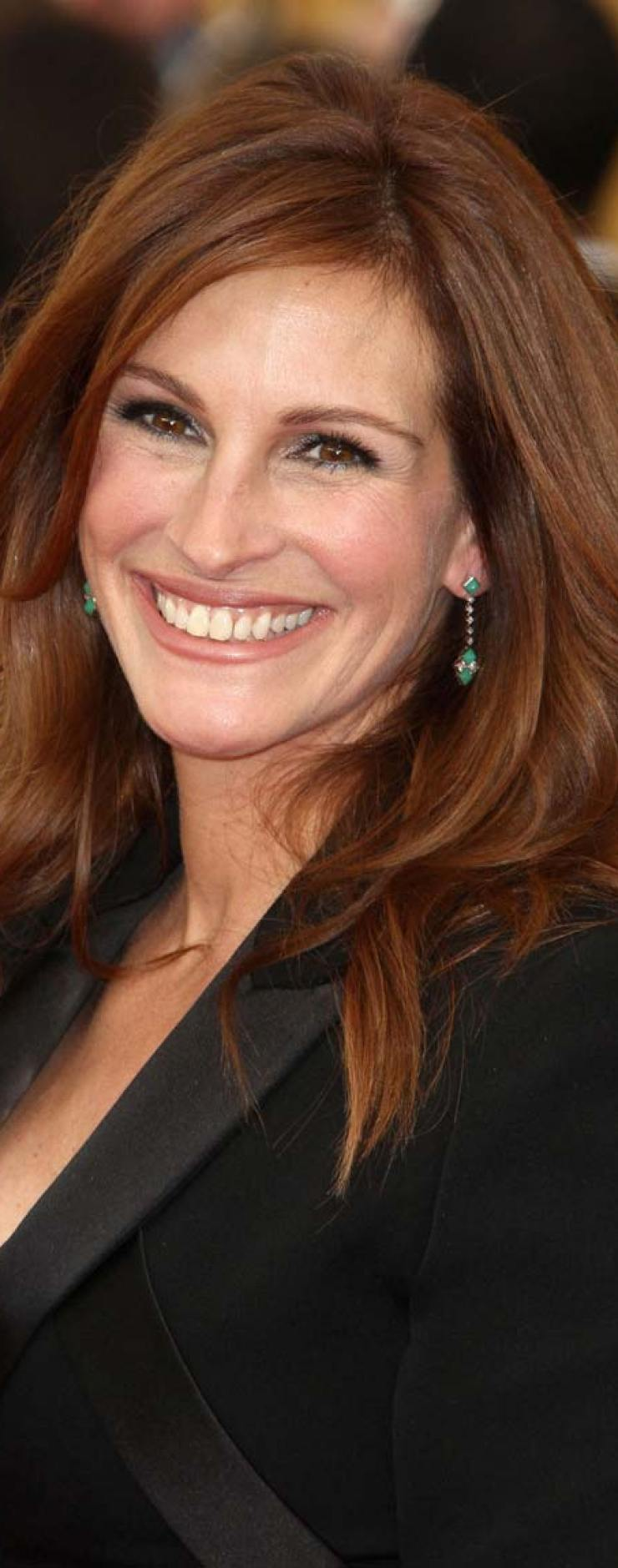 celebrities-body-parts-03-julia-roberts-smile