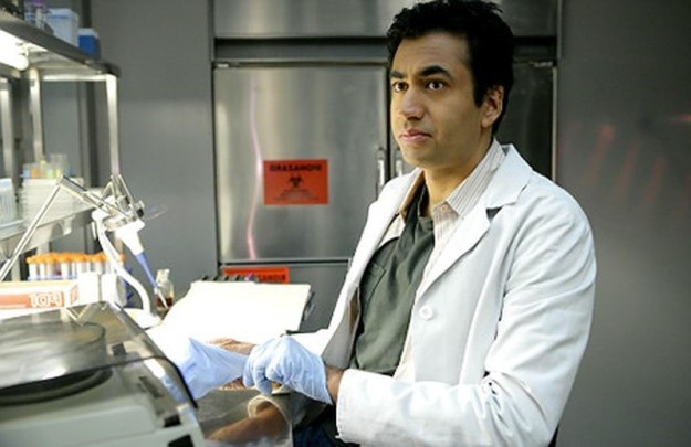 Kal Penn (House M.D.) | 7 Actors Who Had Ridiculous Reasons For Quitting A Role | Brain Berries