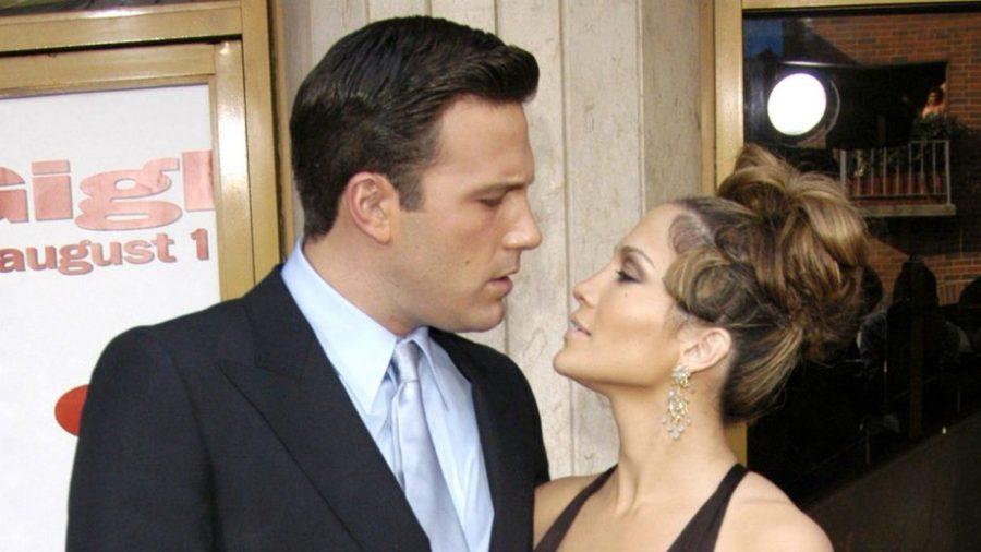 بن أفليك وجنيفر لوبيز    أكثر 10 إيماءات رومانسية قام بها المشاهير    التوت الدماغ