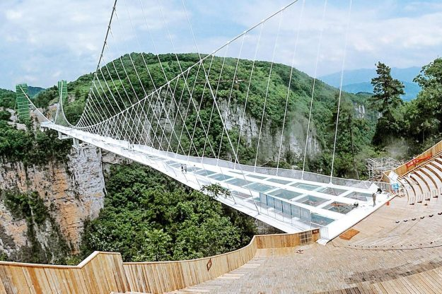 Longest and Tallest Glass Bridge, China | 6 Most Picturesque Bridges in the World | Brain Berries