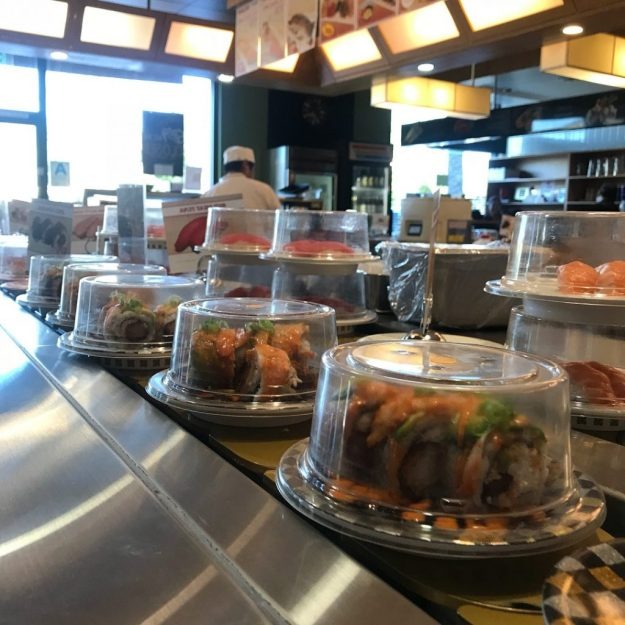 Rotating Sushi Bars | 8 Insane Everyday Japanese Tech That make You Wish You Lived In Japan | Brain Berries