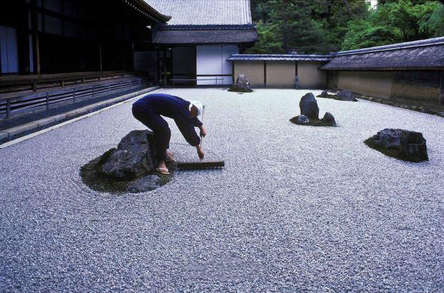 Сад камней храма Рёандзи   Киото – город, который стоит посетить хотя бы раз   Brain Berries