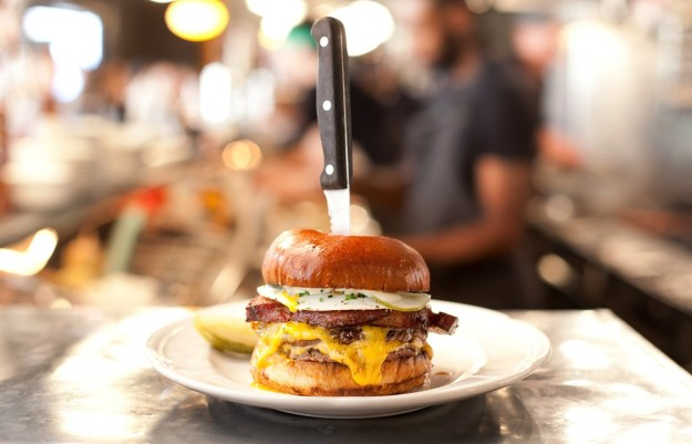 Au Cheval burger | Six Places from Around the World to try Best Burgers | Brain Berries