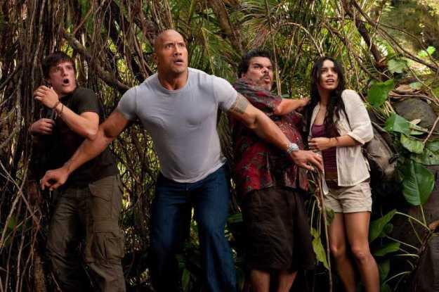 Путешествие 2: Таинственный остров, 2012 | 10 лучших фильмов с Дуэйном «Скалой» Джонсоном | Brain Berries