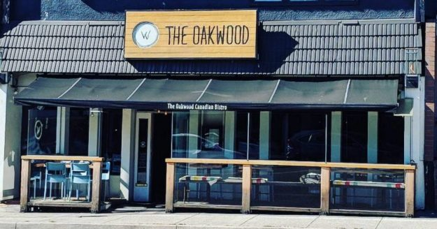 The Oakwood Canadian Bistro, Vancouver, British Columbia | Six Places from Around the World to try Best Burgers | Brain Berries