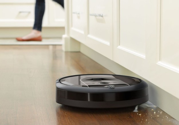 iRobot Roomba I7 | 6 Best Smart Home Devices Money Can Buy | Brain Berries