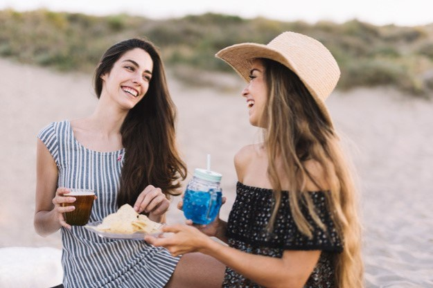 They make for more meaningful friends | 10 Awesome Qualities of Women Who Enjoy Being Alone | Brain Berries