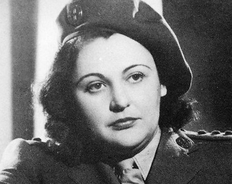 نانسي ويك (1912-2011) |  7 نساء بدس من الحرب العالمية الثانية |  التوت الدماغ