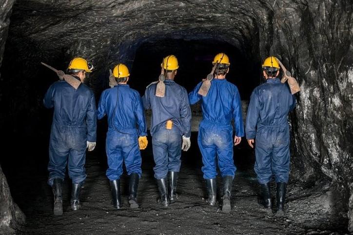 2. Miners   Top 9 Most Dangerous Jobs in the World   Brain Berries
