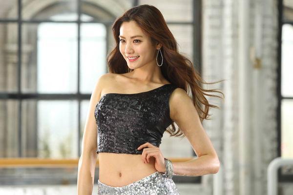 林珍兒 - After School Nana蟬聯全球百大最美、全球第一美女韓國評選公認長腿女王、偶像界超級名模