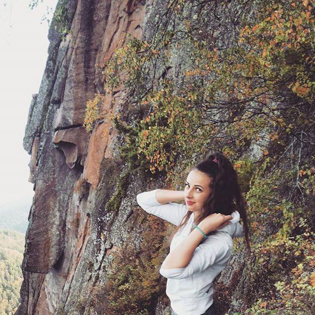 安娜古琳娜 - 俄羅斯最美空姐、巴掌臉正妹招牌笑容一出魂都勾走大眼水靈美臀翹美女