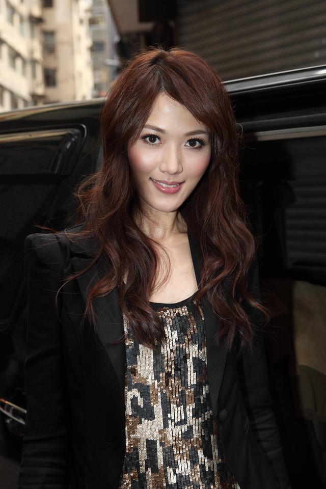 林莉 - 港版林志玲香港小姐