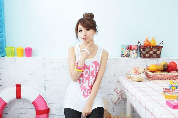 杜雅萍 - 巨奶網拍美少女杜小比、超性感白皙正妹、淘寶女模、網拍麻豆