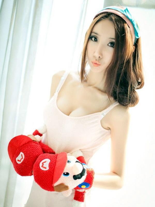 侯芊浥 - 美空美乳勾魂煙台美女粉嫩雙球失守、化身性感世界杯足球寶貝、兔女郎性感甜美正妹惹人愛