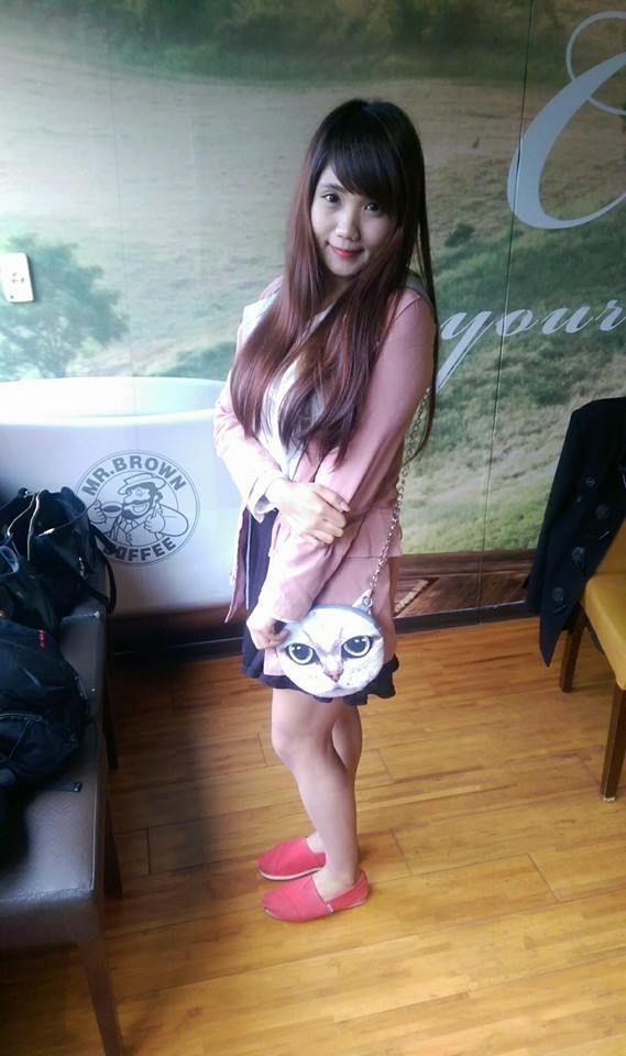 Anngel Syu - 三頭身美少女、爆釦妹