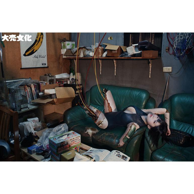 赤根京 - 日本5秒爆胸美少女爆乳再推全裸寫真露出尺度破表、爆衣衫不用手、機械少女零壹
