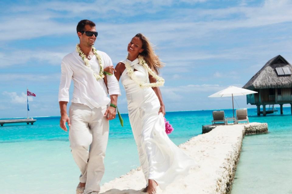 Top Hot Spots For Honeymoon - Bora Bora