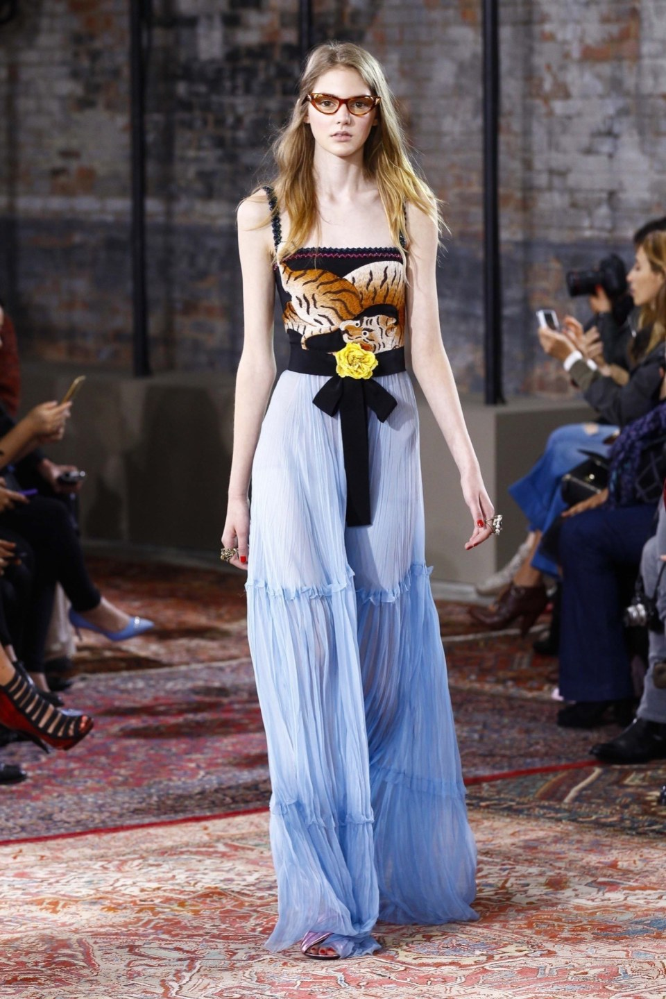 best-looks-of-the-gucci-cruise-collection-2016-02